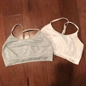 2 champion sports bras L grey and white